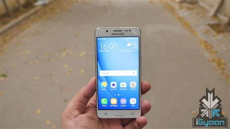 Samsung J7 And J5 samsung galaxy j5 6 and galaxy j7 6 launched in india price specifications