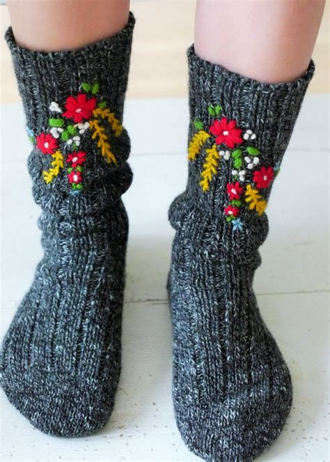Embroidery Socks 25 best ideas about embroidered flowers on