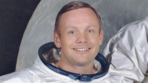 astronaut bio neil armstrong us astronaut neil armstrong dies first man on moon bbc news