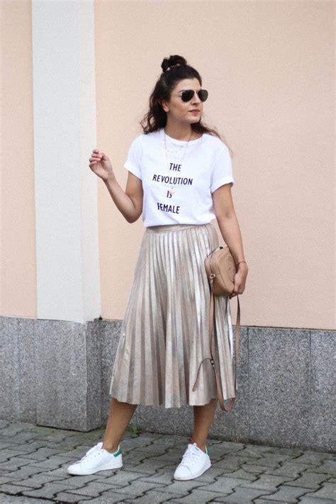 Shirt Pleated Skirt feminist logo shirt pleated skirt stan smith fashionnes