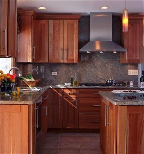 Square Kitchen Designs Square Kitchen Small Kitchens And Crown Moldings On Pinterest