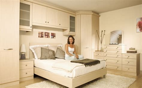 Diy Fitted Bedroom Wardrobes by Best 25 Fitted Bedroom Wardrobes Ideas On