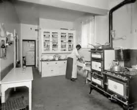 kue 033 jpg 512 215 414 1920 s stove 1920s