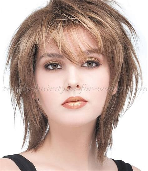 womens medium length layered razor cut hairstyle medium length hairstyles for straight hair layered