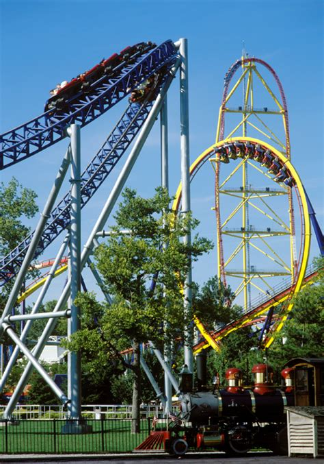theme park ohio pictures of cedar point roller coasters