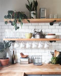 kitchen wall shelving ideas 25 best ideas about open kitchen shelving on