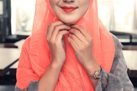 tutorial hijab casual ala dian pelangi tutorial hijab casual ala dian pelangi trend 2017 jallosi