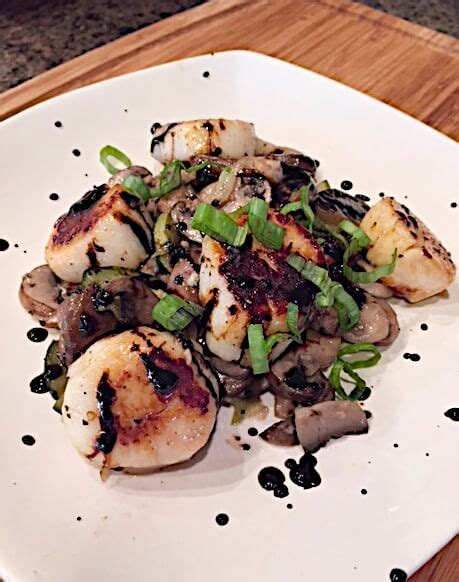 Lidia S Kitchen S Favorites Recipes by Lidia S Scallops Mushrooms I Saw This On Lidia S