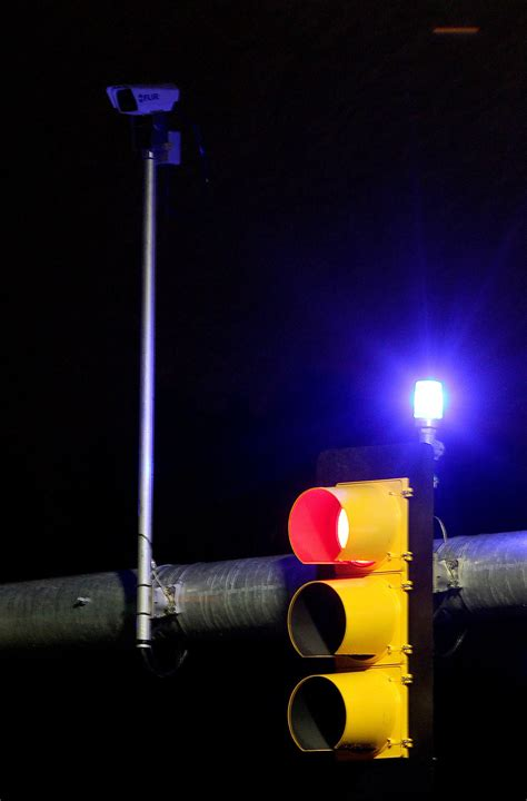 blue lights on traffic signals tattle tale lights help catch red light runners in