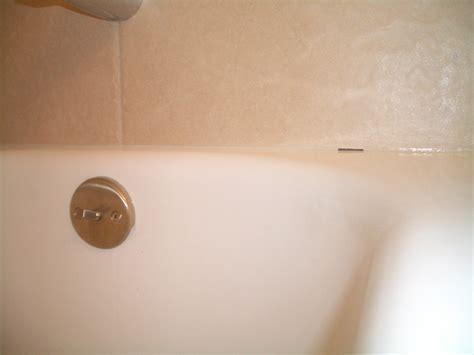 how to fix a hole in the bathtub 100 repair cracked bathroom tile bathroom tub