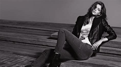 wallpaper leather girl full hd wallpaper jeans leather jacket black and white