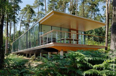 Glass Box House by 15 Modern Forest Homes That Ll Take You Close To Nature