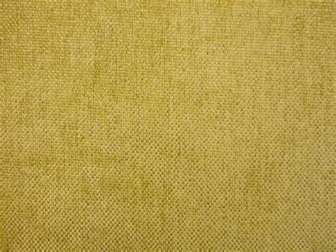 gipsstuckleisten kaufen yellow upholstery fabric mustard yellow velvet