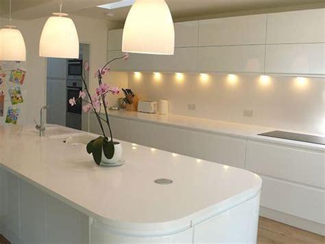 white gloss kitchen ideas 17 best ideas about white gloss kitchen on