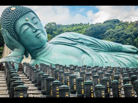 largest reclining buddha in the world fukuoka s nanzoin temple the largest reclining buddha in