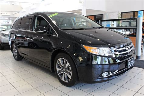New 2017 Honda Odyssey Touring Elite Mini van, Passenger in Kirkland #C171019   Honda of Kirkland
