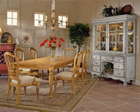 Hillsdale Wilshire Buffet And Hutch Antique White Hd Antique White Buffet And Hutch