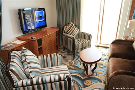 disney wonder one bedroom suite one bedroom suite concierge t 021 the dis disney