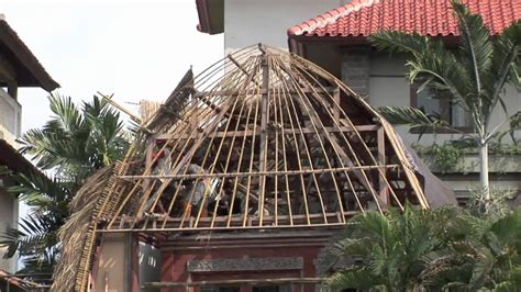 How To Build A Cupola Roof by Bali How To Build A Straw Roof