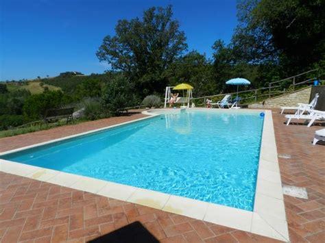 il borghetto di pedana relax in piscina picture of il borghetto di pedana