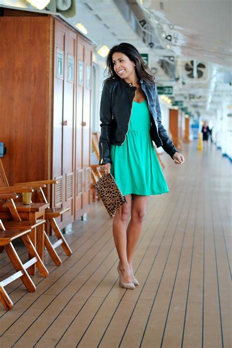 ladies caribbean cruise outfits what to wear on a cruise ship clare vivier clutch green