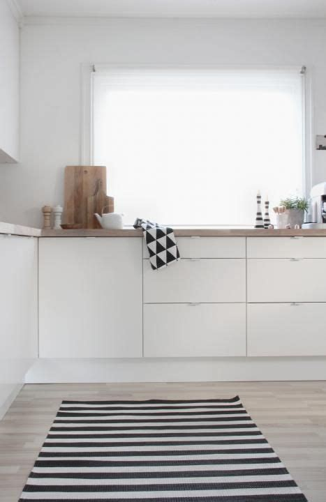 Black And White Kitchen Rug by Via Stylizimo Bright Kitchen Black And White Rug