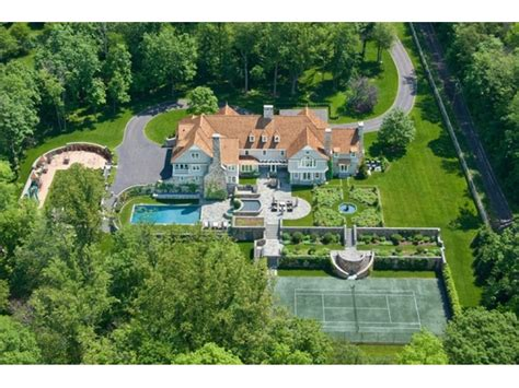 how big is 15000 square feet 15 000 square foot new canaan wow house new canaan ct