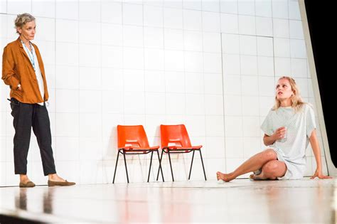 people places and things review people places and things at national theatre