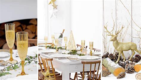 tavola natalizia oro tavola natale oro idee e accessori di tendenza wimipops