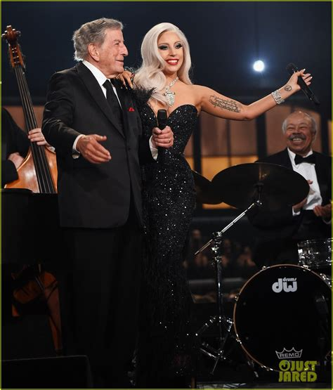 lady gaga tony bennett perform cheek to cheek on the favourite tv performance outfit look gaga thoughts