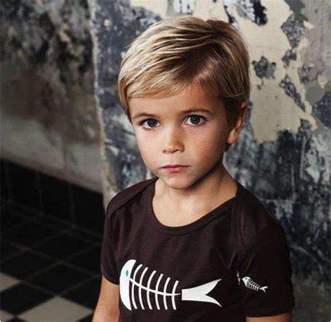 corte de cabelo infantil 30 ideias estilosas para os 25 melhores ideias sobre menino estiloso no pinterest