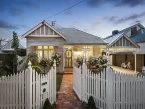 Kitchen Designs For Older Homes weatherboard houses for sale the stylist splash