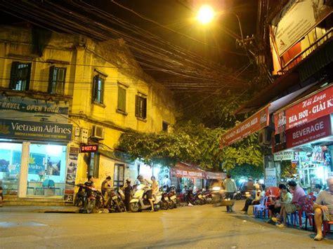 tattoo shop old quarter hanoi 1000 images about vieux quartiers hanoi vietnam old