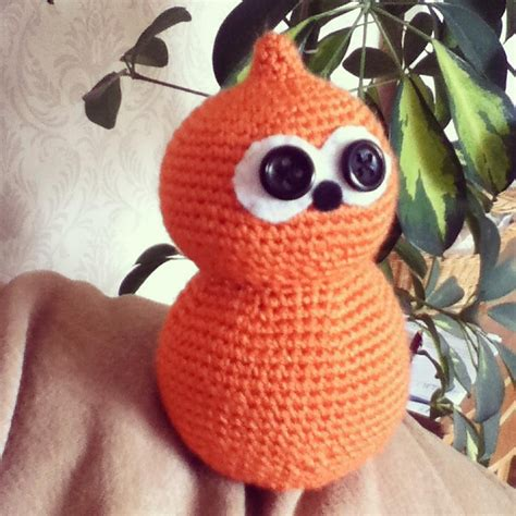 knitting pattern for zingy serial thriller an orange poo named zingy