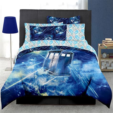 geek bedding doctor who tardis bed in a bag thinkgeek