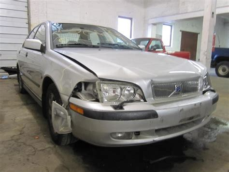 2002 volvo s40 parts parting out 2002 volvo s40 stock 120509 tom s