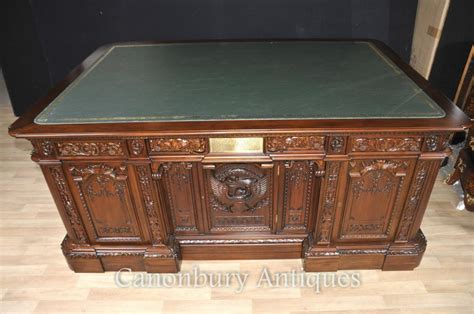 what is the resolute desk mahogany presidents desk resolute partners desks