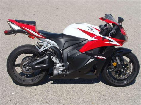 buy honda cbr buy 2009 honda cbr600rr sportbike on 2040 motos