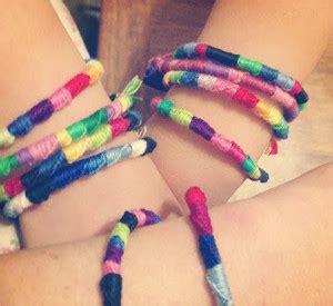 """How to Make Friendship Bracelets: 12 Fun Friendship Bracelet Patterns!"" eBook"