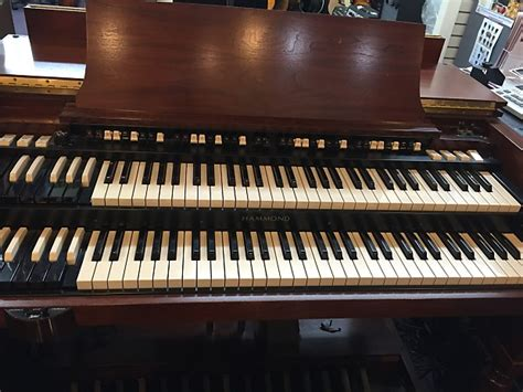 hammond b3 bench hammond b3 mk 2 organ with leslie speaker and bench new