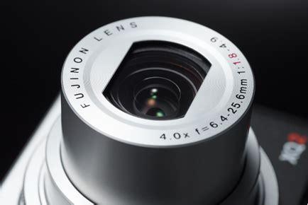 Fujifilm Finepix Xq2 12 Mp Putih fujifilm xq2 vista general