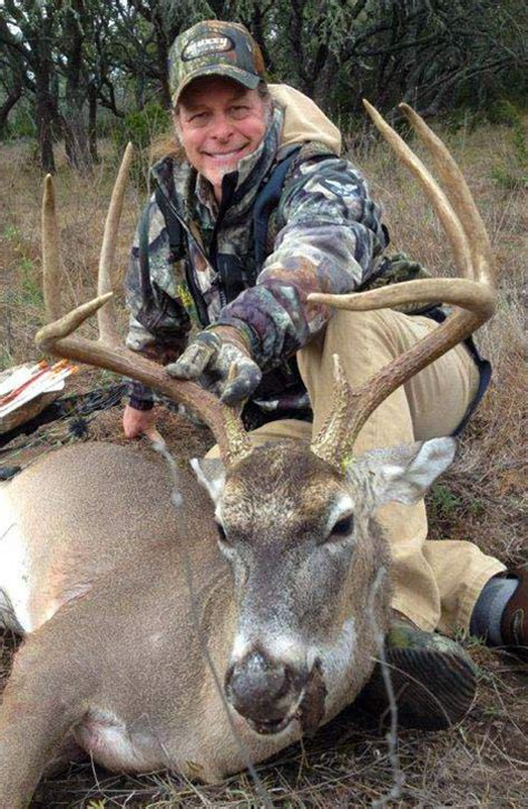 ted nugent hunts ted nugent birthday hunt yo ranch axis deer