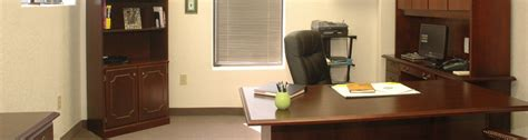 10 simple awesome office decorating ideas listovative decorated office decorated office gorgeous 10 simple