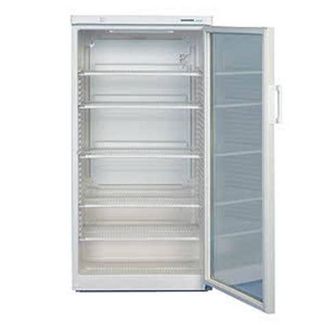 tafels en stoelen huren maastricht verhuur horeca koelkast 491l glazen deur te huur zuid