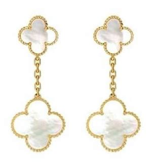 Found Heidi Klums Clover Earrings On Project Runway by Emmaline S Ensembles Style With The World One