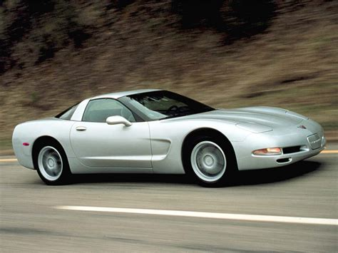 chevrolet supercar 2001 chevrolet corvette coupe chevrolet supercars