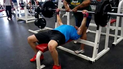 paused bench press paused bench press pr no more poverty bench youtube