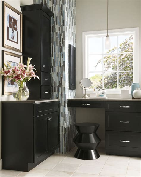 Built In Bathroom Vanity Cabinets by Bathroom Vanities Kraftmaid Bathroom Cabinets