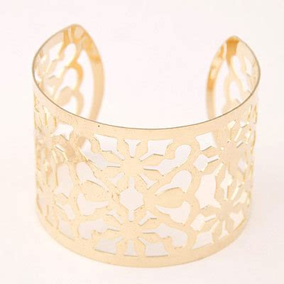 Anting Tusuk Butterfly Shape Decorated Hollow Out Design trendy gold color flower shape decorated hollow out design asujewelry