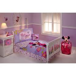Toddler Minnie Mouse Bed Set Disney Minnie Mouse Flower Garden 10 Toddler Bedding Set